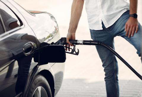 Remember to use the fuel additives before fueling your car